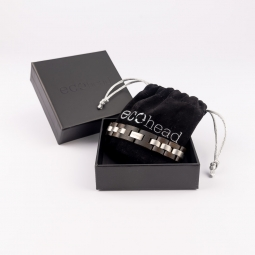 Náramek na ruku - Black Santal s krabičkou