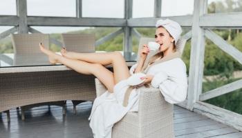 Lehká péče o pleť na léto: linie ENERGYNATURE s obsahem bio kofeinu