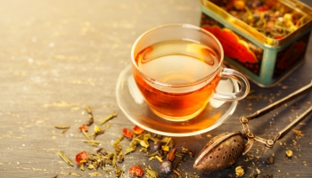 Zahřejte se se sypanými léčivými čaji Allnature
